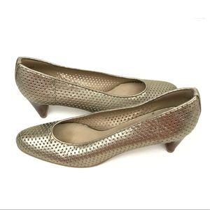 Stuart Weitzman | gold metallic perforated heels